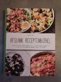 Op deze foto zie je de voorkant van het boek Afslank receptenbijbel