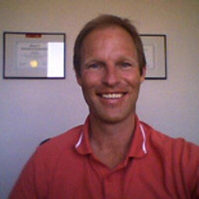 Op deze foto zie we Frank de Moei, de bedenker van de e-Cursus Vind Je Ideale Baan