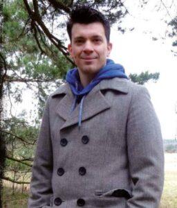 Op de foto zie je Edward Hendriks, de bedenker van het e-book Online geld verdienen in 10 stappen
